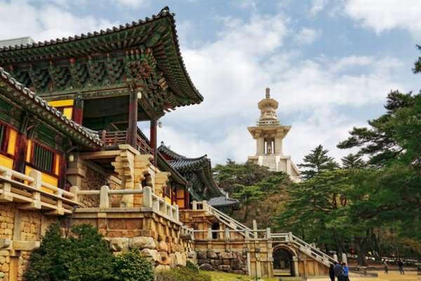 монастырь в Корее