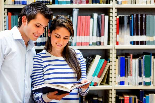 Как дистанционно получить высшее образование по лингвистике