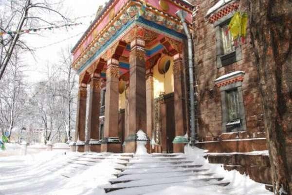 Буддийский храм в Питере