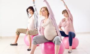 Занятия физкультурой очень полезны для беременных