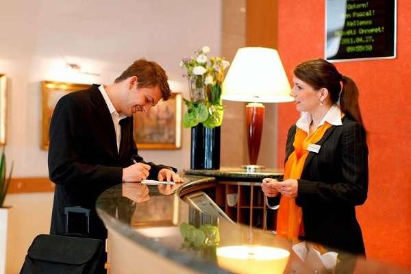 Гостиничное дело кем работать, список профессий, в каких ВУЗах учиться, что сдавать на специальность