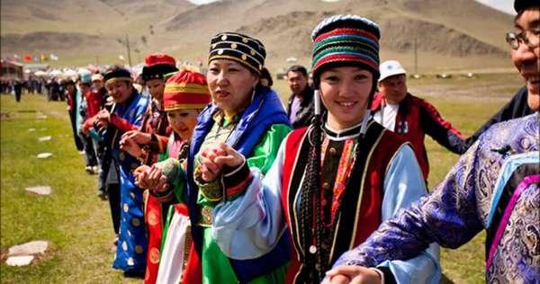Чем буряты отличаются от монголов и что общего между ними?