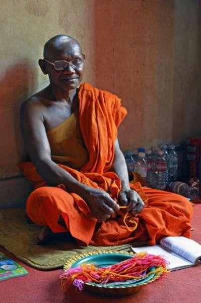 монах и веревочки