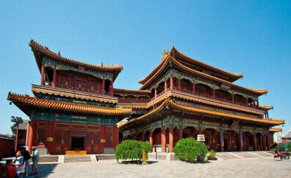 ламаистский монастырь