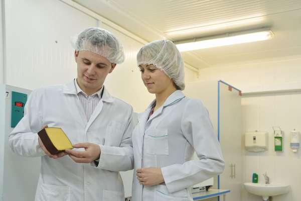 Технолог легкой или пищевой промышленности