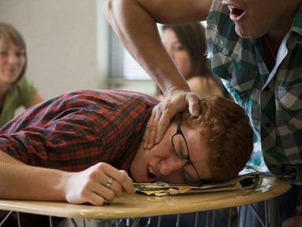 что такое девиантное поведение подростков
