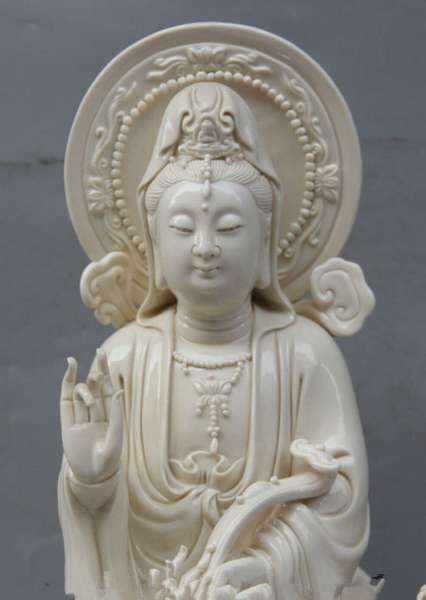 белый авалокитешвара