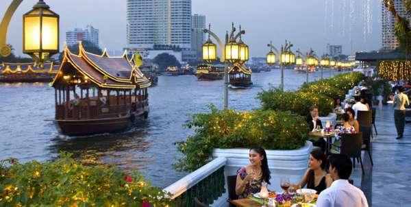 люди в Бангкоке отдыхают