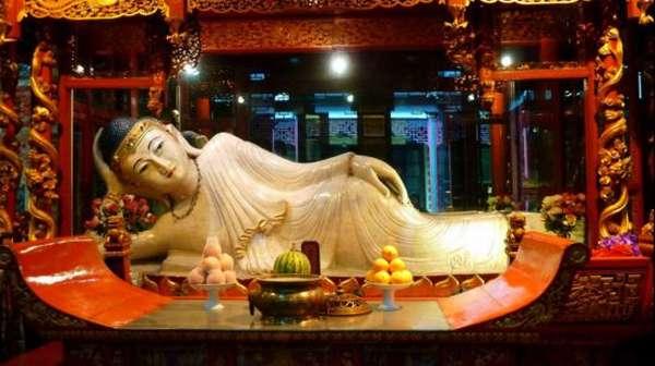 Статуя Будды в Китае