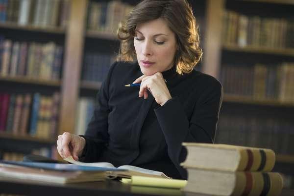 11 востребованных профессий для специалиста по праву и социальному обеспечению