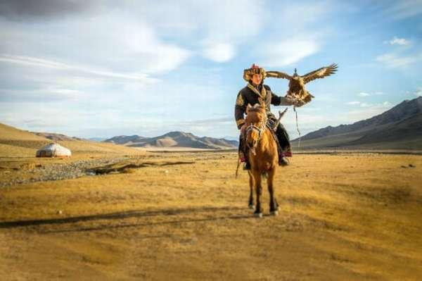 киргиз с орлом