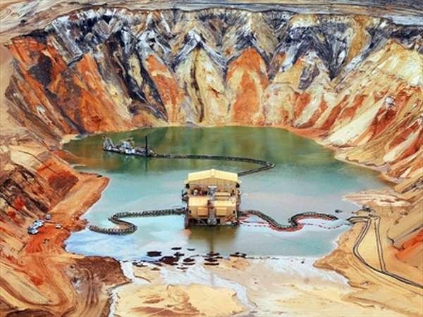 полезные ископаемые России