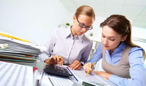 Рынок переполнен представителями профессии, хотя специальность и считается одной из престижных