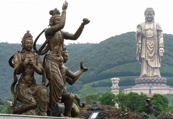 Чжунъюаньская статуя