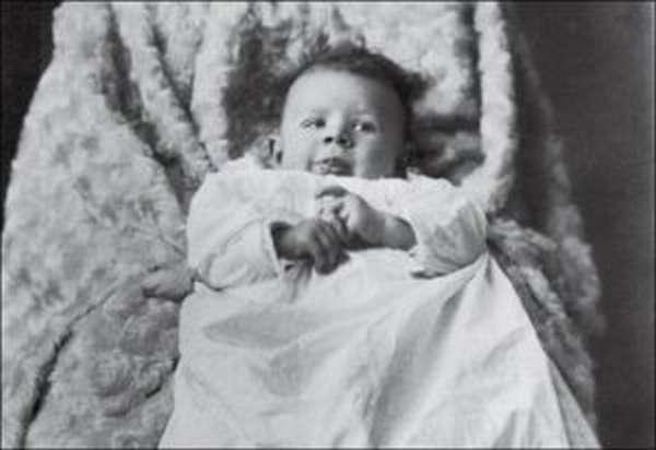 Лев Николаевич Толстой: краткая биография