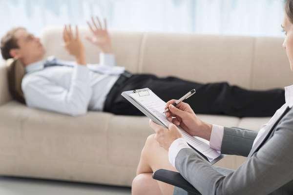 Психолог - это востребованная и популярная профессия, которая предполагает не только работу в штате крупных компаний, но и ведение частной практики