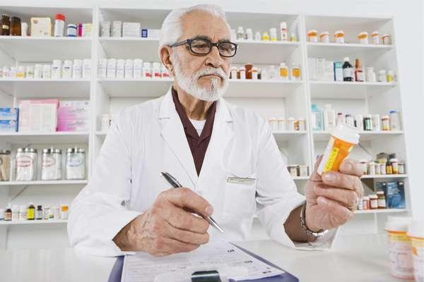 Фармаколог