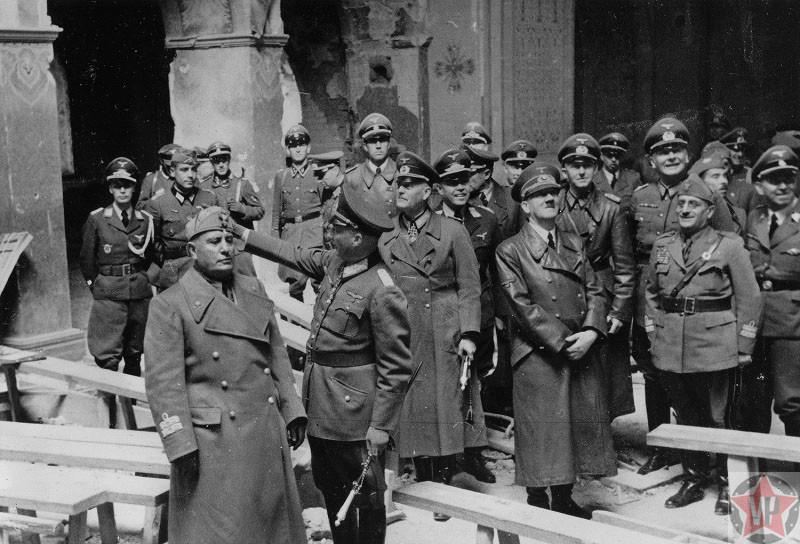 Гитлер и Муссолини в Брестской крепости, фото 28.08.1941