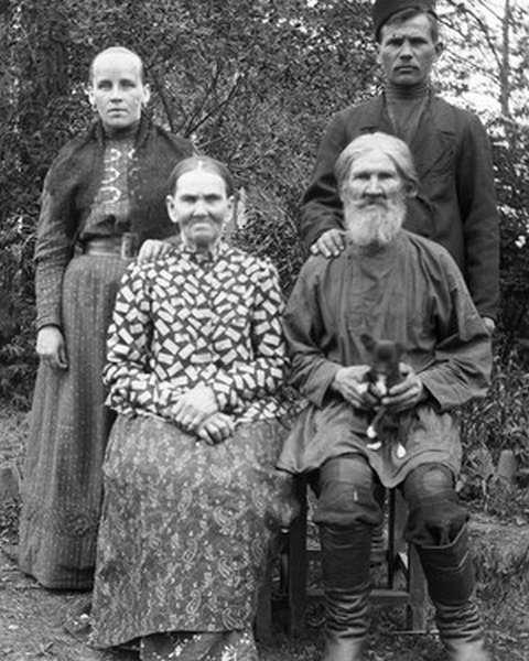 Кто отменил крепостное право в России в 1861 г.