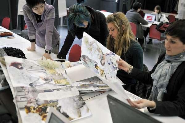 Посещение дизайнерских курсов поможет получить необходимые для работы навыки