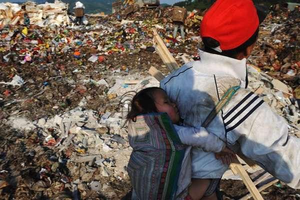 Китайские дети на свалке в Гуйчжоу   Путешествия   Блог Толкователя