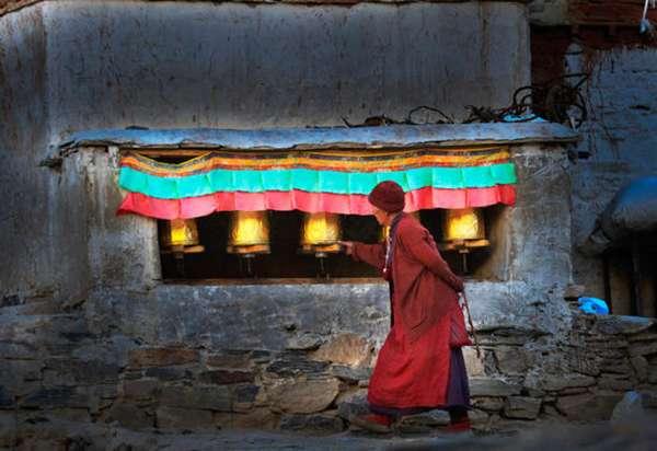 жизнь послушников в Ронгбуке