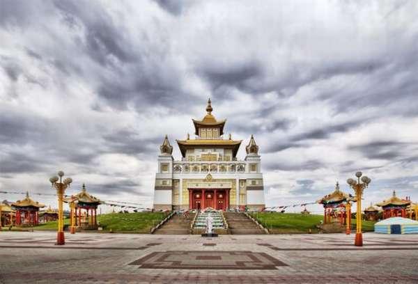 Храм в Калмыкии