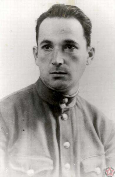 Офицер Александр Печерский