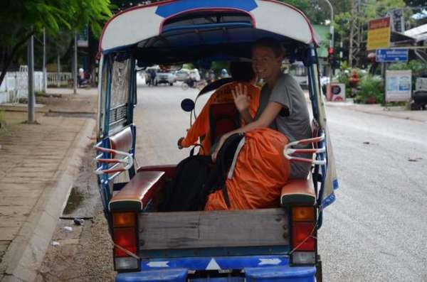 люди в рикше