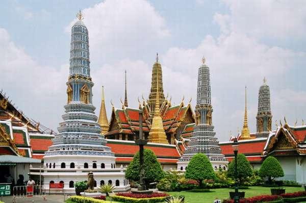 храмовый комплекс Ват Пхракэу