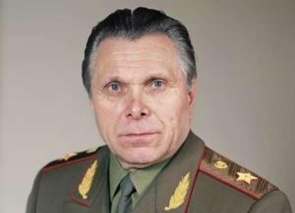 Щёлоков, министр МВД СССР (краткая биография)