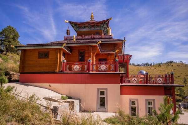 здание медитативного храма