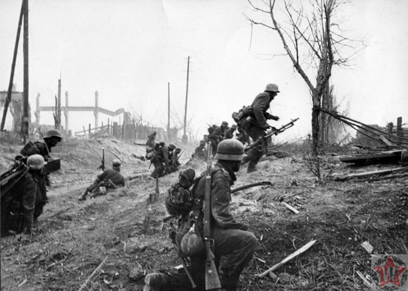Немецкая пехота во время атаки